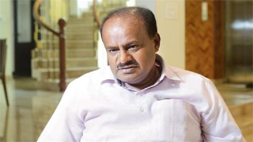 kumaraswamy accuses pm modi bjp hidden agenda appeal for burning lamps prsgnt