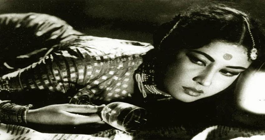 the last phase of meena kumari life was very difficult anjsnt