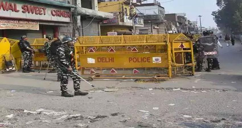 delhi violence police registers fir on 123 and 630 people in custody