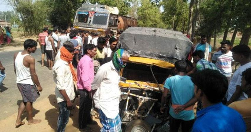 uttarakhand a tanker hits the tempo traveler killing four and injuring two albsnt