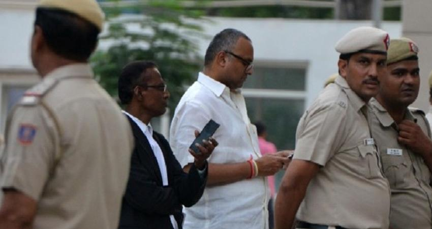 madras high court directed to produce copy of order to transfer case against karti chidambaram