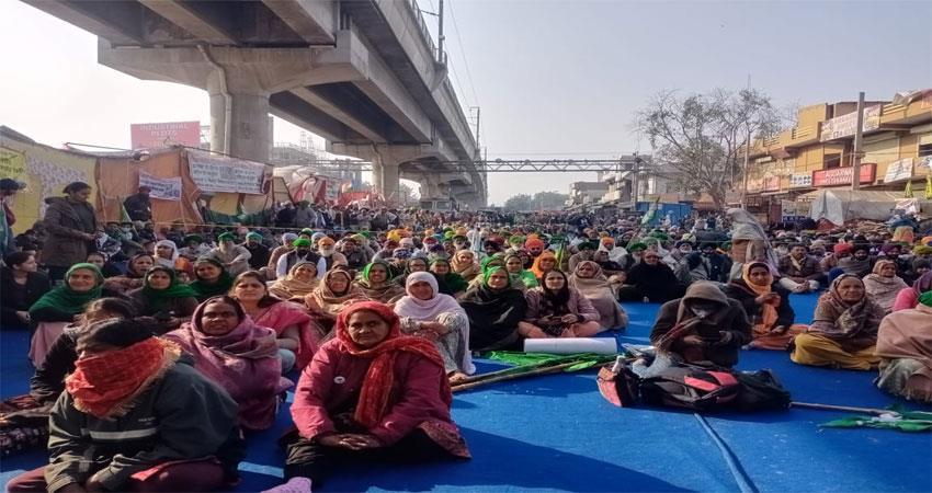 Kisan agitation NGO is putting bio toilets for women on Singhu border ALBSNT
