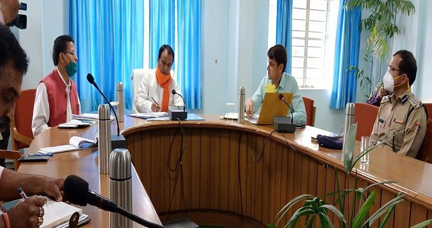 provide-food-and-ration-kits-to-the-migrants-at-the-quarantine-center-dr-dhan-singh-rawat-albsnt