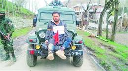 J&K में 'सेना के रक्षा कवच' के रूप में इस्तेमाल हुए 'फारूक अहमद डार' की चुनाव में लगाई गई ड्यूटी