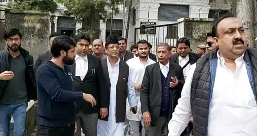 azam his wife and son sent to sitapur jail akhilesh told political conspiracy