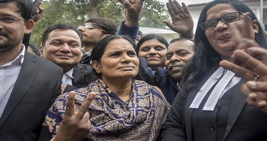 nirbhaya mother hopes for new death warrant