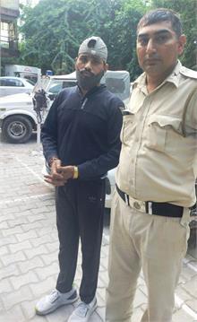 हरियाणा से बाइक चोरी कर दिल्ली की सड़कों पर भर रहा था फर्राटे, गिरफ्तार