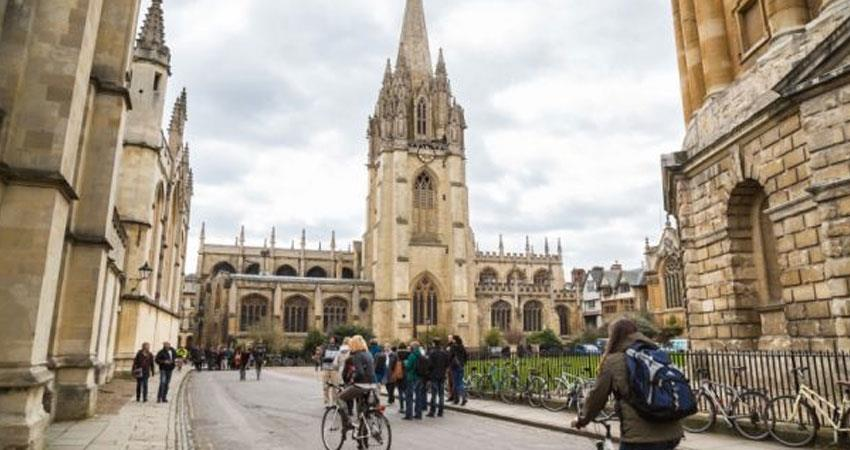 most of the uk universities students earn above more than average report