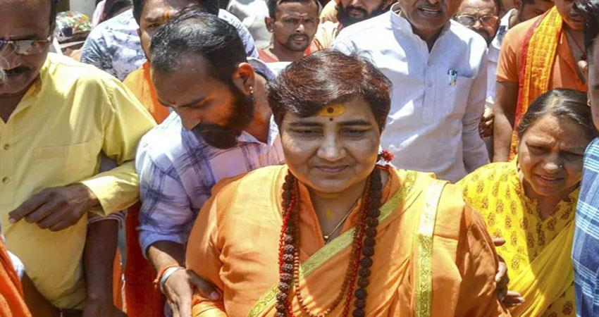 sadhvi-pragya-thakur-considers-mahatma-gandhi-not-father-of-nation