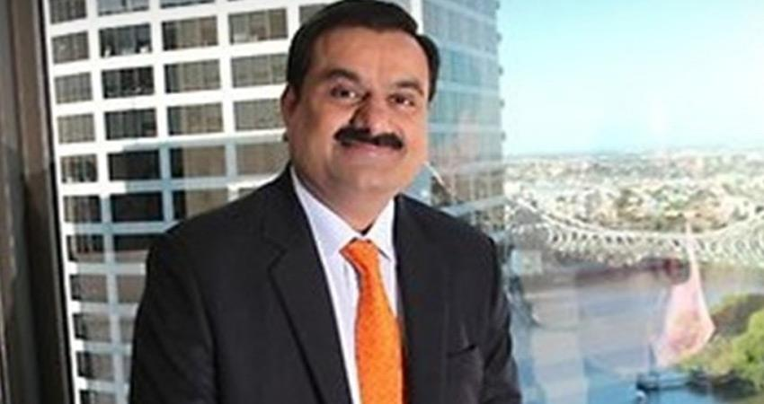 adani group gave clarification said company does not buy food grains from farmers rkdsnt