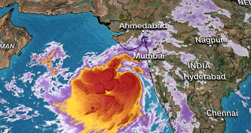 cyclone-vayu-can-be-strong-even-after-hitting-gujarat-coast-imd-ndrf-ready-for-help