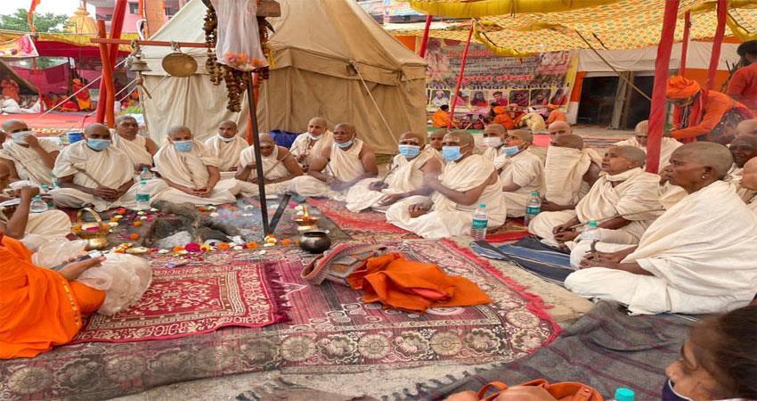 200 women will become naga sannyasins by donating pandanas rites begin albsnt