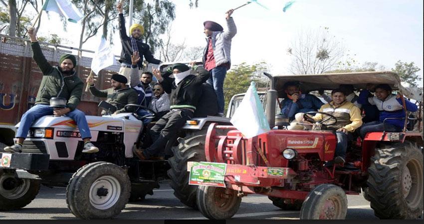 farmers-jammed-dehradun-delhi-highway-borders-of-capital-sealed-albsnt