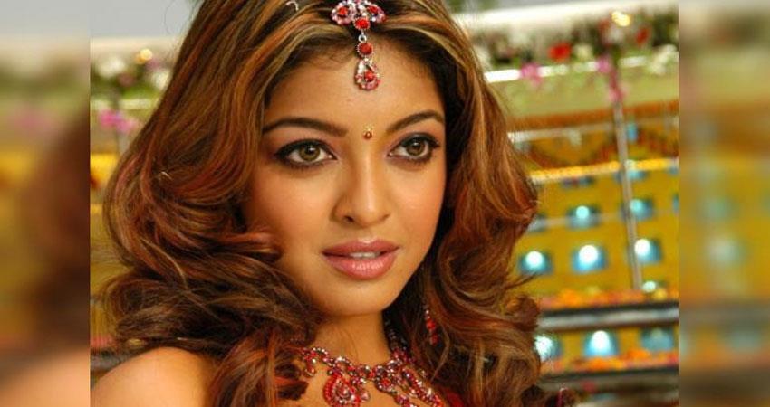 -metoo-nana-patekar-gets-big-relief-in-tanushree-dutta-case