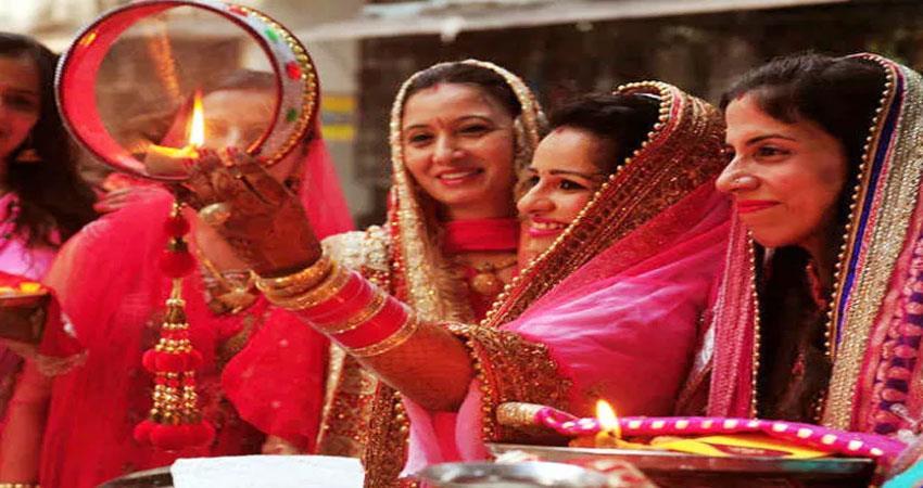 women will ask for husbands longevity on karvachauth fierce shopping in markets albsnt