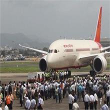 एयर इंडिया में हिस्सेदारी बिक्री पर मोदी सरकार ने दी सफाई