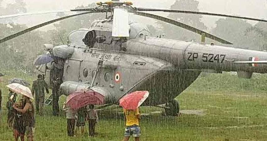 gujarat rain havoc in kutch air force rescues 125 people