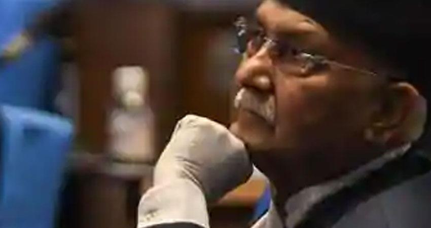 nepal prime minister kp sharma oli say ruling communist party deep crisis rkdsnt