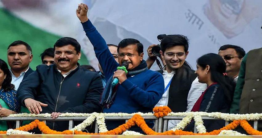 will kejriwal enter national politics after charismatic victory in delhi