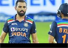आखिरी एकदिवसीय मैच- श्रीलंका के खिलाफ भारतीय टीम 225 रन पर आउट