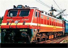 रेलवे का दावा- यूपी-बिहार से मुबंई, गुजरात के लिए लौटने लगे हैं श्रमिक