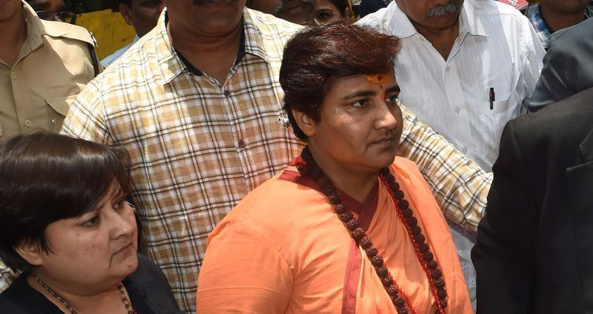 sadhvi pragya bjp mp says congress always abused patriots nathuram godse rkdsnt