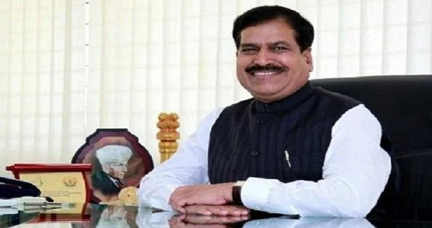 union minister of state for railways suresh angadi passes away in aiims pragnt