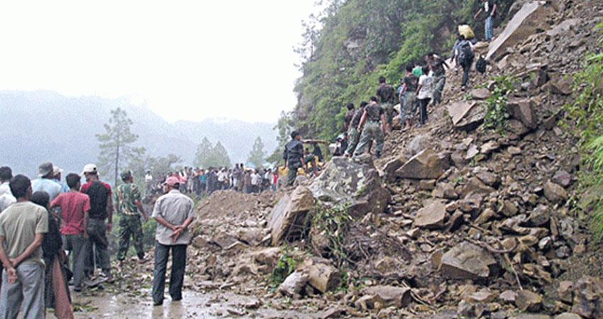 landslide after heavy rains in nepal 22 people died rkdsnt
