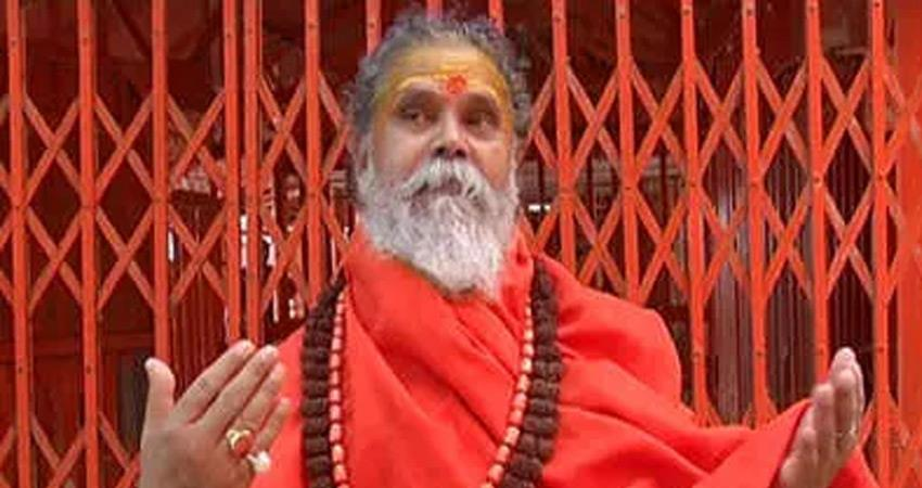 sexual harassment of law student akhil bharatiya akhada prishad support swami chinmayananda