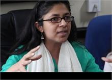दिल्ली महिला आयोग ने पूछा- किसी भी पुलिस थाने में महिला प्रभारी क्यों नहीं हैं?