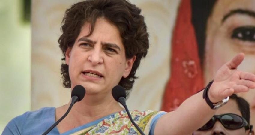 Priyanka Gandhi attacked Yogi BJP government for increasing crime in UP Vikas Dubey rkdsnt