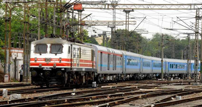 railways deployed additional companies of 20 rpsf in view of farmers rail stop rkdsnt