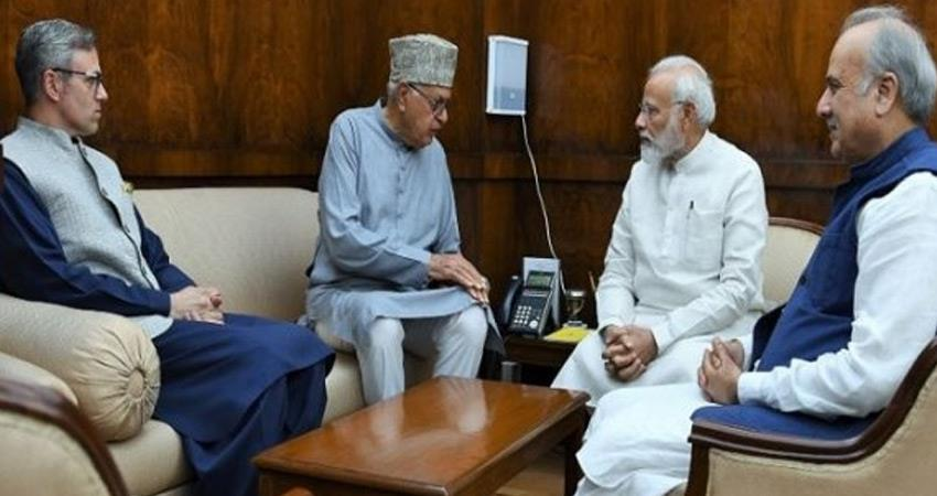 farooq abdullah meets pm narendra modi discusses kashmir situation wit election