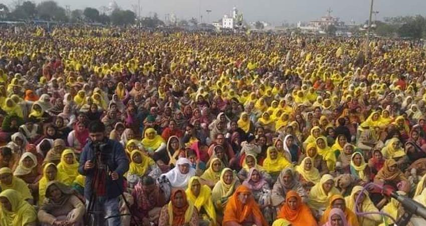 women farmers took stage at protest sites on occasion of international womens day rkdsnt