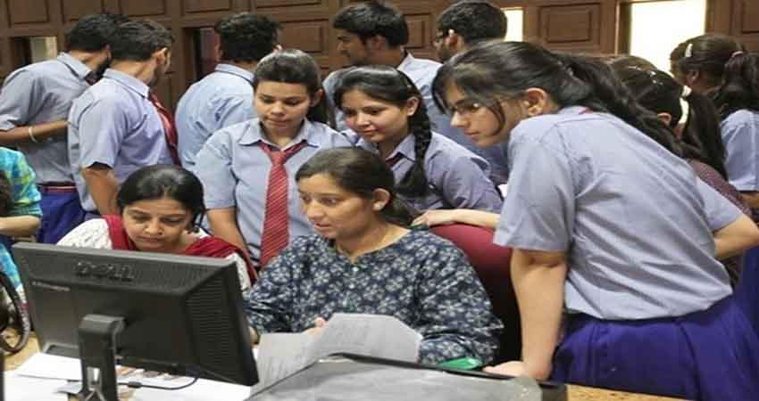 schools to submit loc of 10th-12th students: cbse