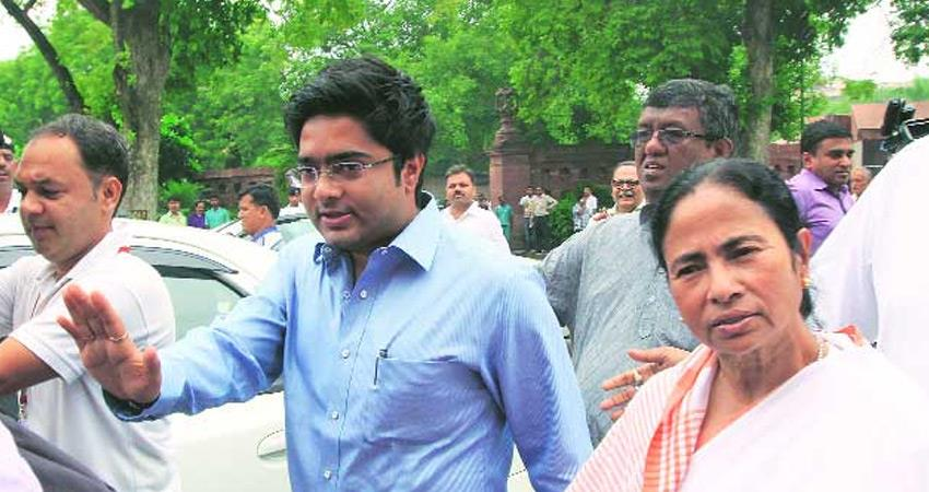 cbi at abhishek banerjee house notice to his wife sister-in-law in coal case rkdsnt