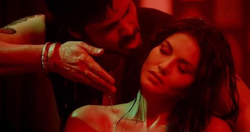 Graduate student told actor Emraan Hashmi Sunny Leone his parents rkdsnt