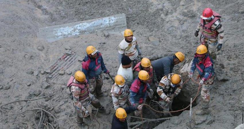 uttarakhand chamoli operation evacuate people tunnel slow 32 bodies have found so far rkdsnt