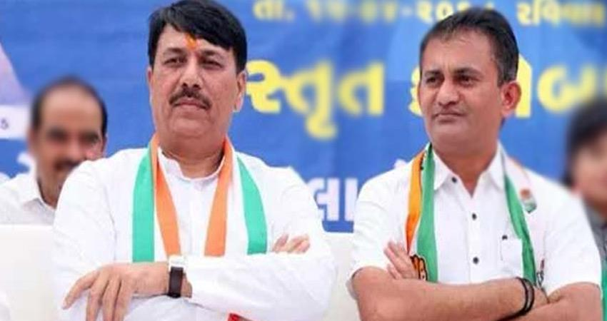 local-body-election-gujarat-congress-chief-resigns-questions-on-evms-rkdsnt