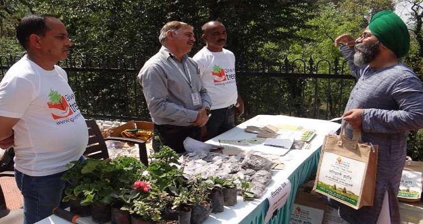 hariyali kranti team unique initiative in himachal pradesh dhauladhar hills filled with plants