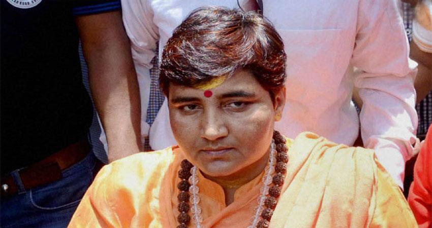 sadhvi-pragya-asks-for-apology-after-given-her-statement-on-martyr-hemant-karkare