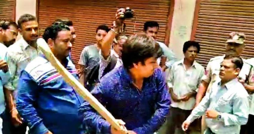 bjp disciplinary committee of madhya pradesh still not get kailash vijayvargiya son akash case