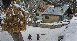 जम्मू-कश्मीर में शीत लहर का कहर, हिमाचल में भी बड़ी ठंड