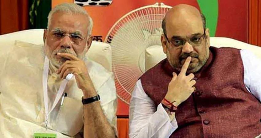 pm modi popularity declines yogi adityanath is better than amit shah as pm post rkdsnt
