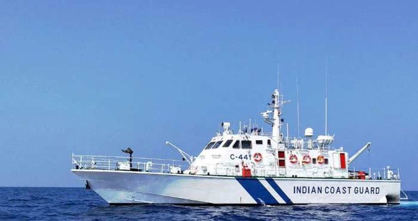 pakistani-ship-crew-arrested-with-600-crore-drug
