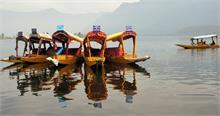कश्मीर में तनाव के बीच पर्यटन से जुड़े कारोबारियों को सता रही है फ्यूचर की चिंता