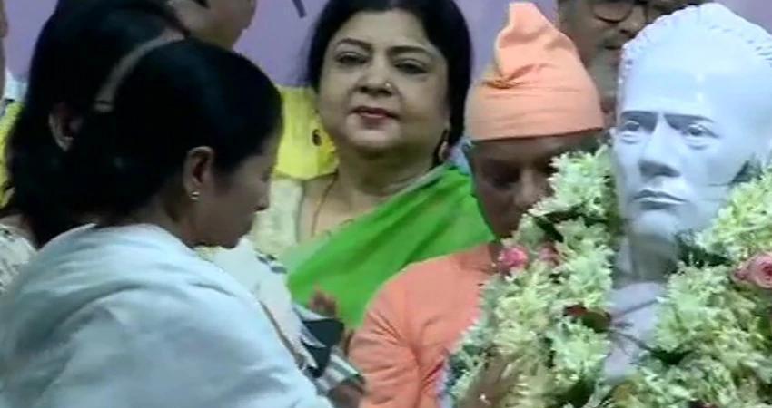 mamata-banerjee-set-up-new-statue-of-ishwar-chandra-vidyasagar-attacks-bjp-rss