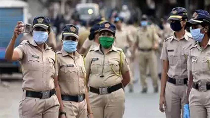 Mumbai Police alerts fake message that Mumbai Pune will be handed over to army rkdsnt