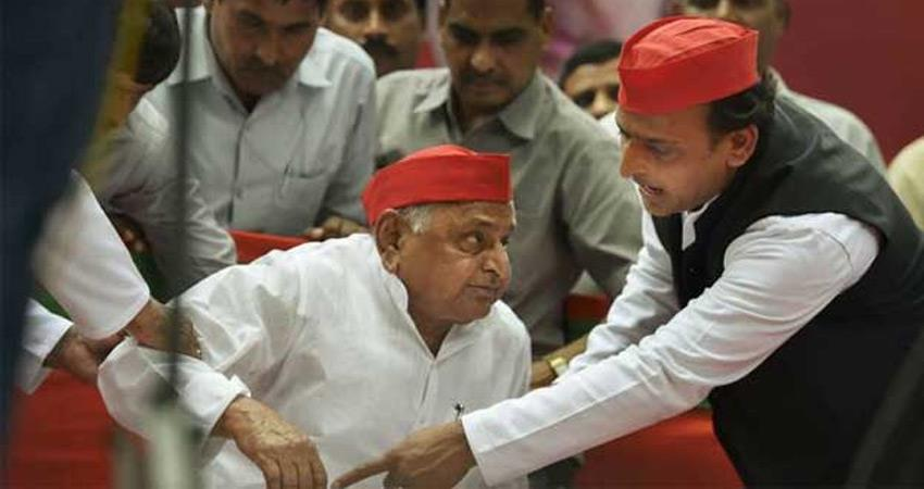 mulayam-singh-yadav-admits-medanta-hospital-due-to-illness-today-yogi-adityanath-met-sp-leader