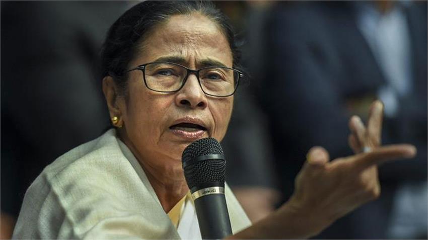 mamata banerjee ban tmc said election commission behaving like bjp branch rkdsnt
